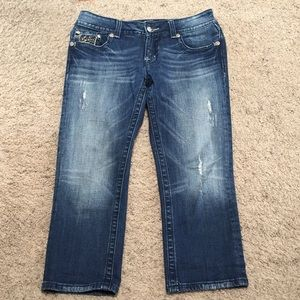 Miss me Capri  distresses jeans